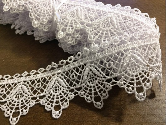 Lace, color: white, width: 40mm, 1 roll: 9y, unitprice: 144,0 Ft/yard*