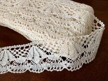 Cotton lace, color: ecru, width: 50mm, 1 roll: 25m, unitprice: 138,0 Ft/meter*