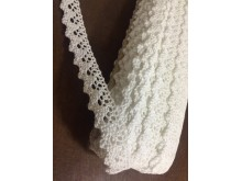 Cotton lace, color: white, width: 20mm, 1 roll: 25m, unitprice: 138,0 Ft/meter*