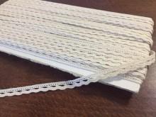Cotton lace, color: ecru, width: 8mm, 1 roll: 25m, unitprice: 138,0 Ft/meter*