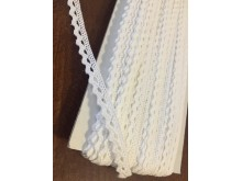 Cotton lace, color: white, width: 8mm, 1 roll: 25m, unitprice: 138,0 Ft/meter*