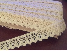 Cotton lace, color: ecru, width: 20mm, 1 roll: 25m, unitprice: 138,0 Ft/meter*