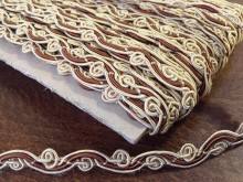 Braiding, color: natur-middlebrown, width: 9mm, 1 roll: 25m, unitprice: 125,0 Ft/meter*