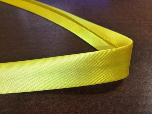 Satin bias binding, color: lemon yellow, width: 20mm, 1 roll: 25m, unitprice: 51,0 Ft/meter*