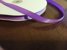 Szatén szalag, szín: lila, szélesség: 10mm, 1 tekercs: 100m, egységár: 17,0 Ft/méter*